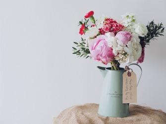 bouquet-of-flowers-1149099_1280