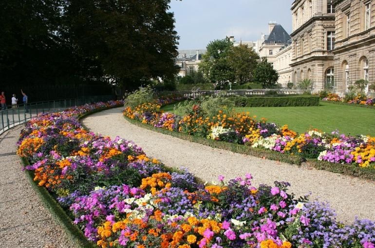 jardin-du-luxembourg-487116_1280.jpg