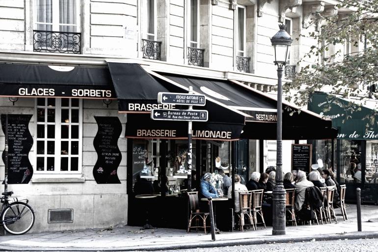 paris-2573525_1280